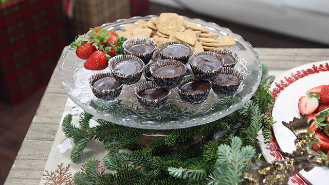 dark-chocolate-cups